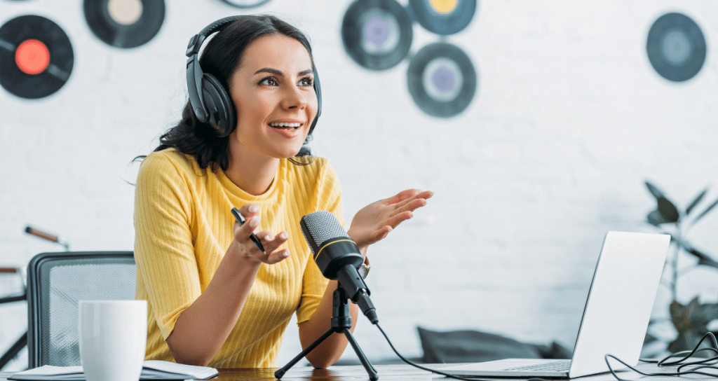 Podcast del mes: 5 contenidos en audio que te ayudarán a ti y tu negocio
